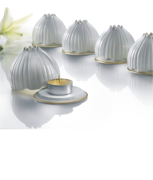 Tulip tea light holder
